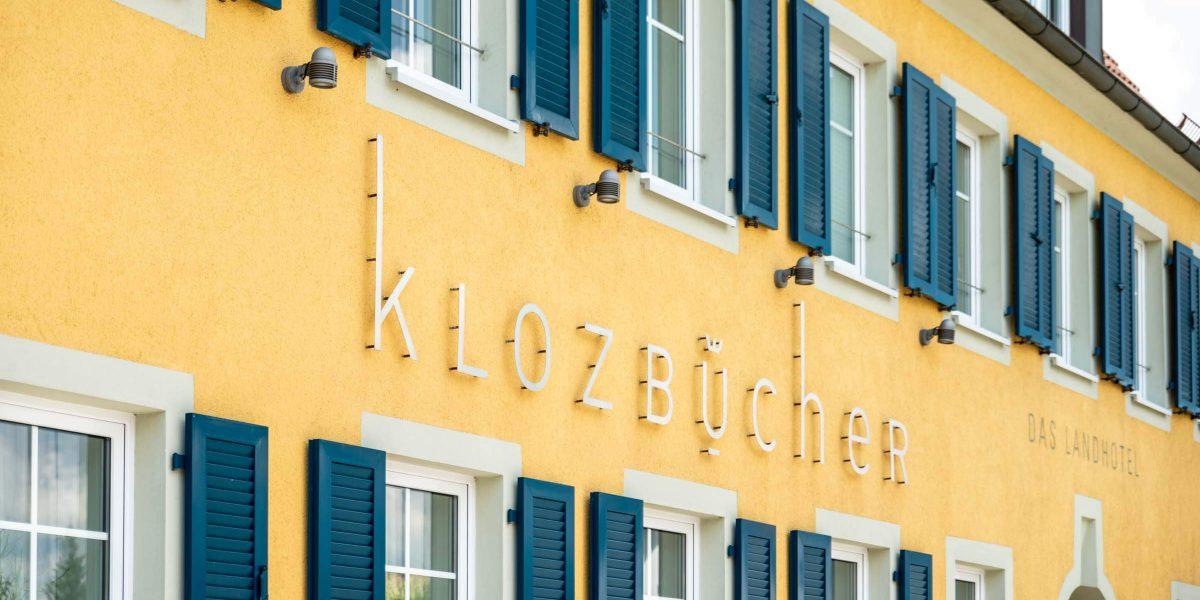 Landhotel Klozbücher Ellwangen-Eggenrot Schriftzug Fassade