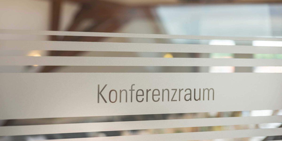 Landhotel Klozbücher Ellwangen-Eggenrot Tür Konferenzraum
