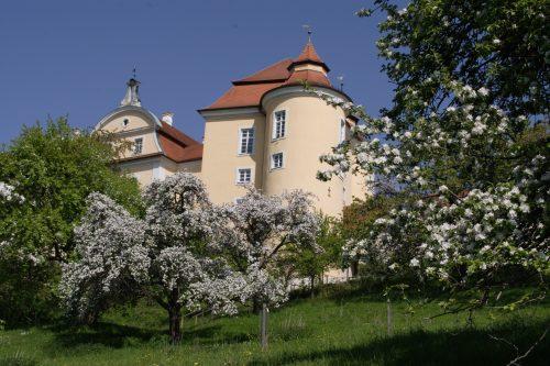Landhotel Klozbücher Ellwangen-Eggenrot Stadt Ellwangen Schloss